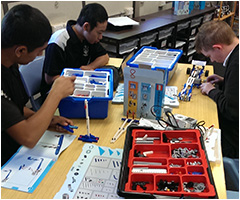 students working in technology