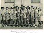 1943 Girls Hockey with Miss Dunnicliff